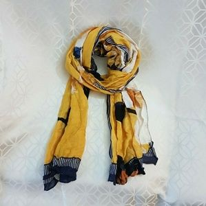 A new day light weigth scarf